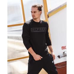 Базовый мужской свитшот чёрного цвета 2013 с нанесенным риссунком ТН