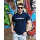Мужская трикотажная футболка 2024 Calvin Klein тёмно синего цвета