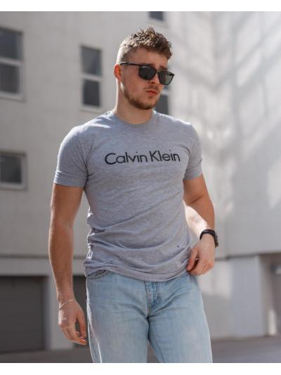 Купить Мужская трикотажная футболка Calvin Klein  светло серого цвета